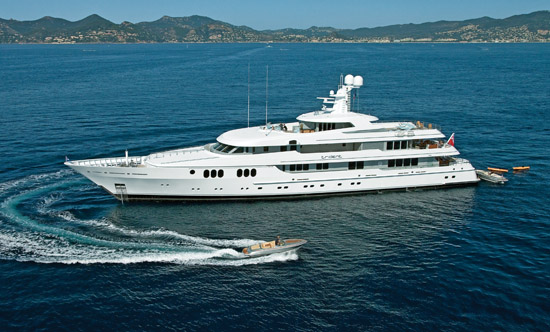 Feadship 214 Trident